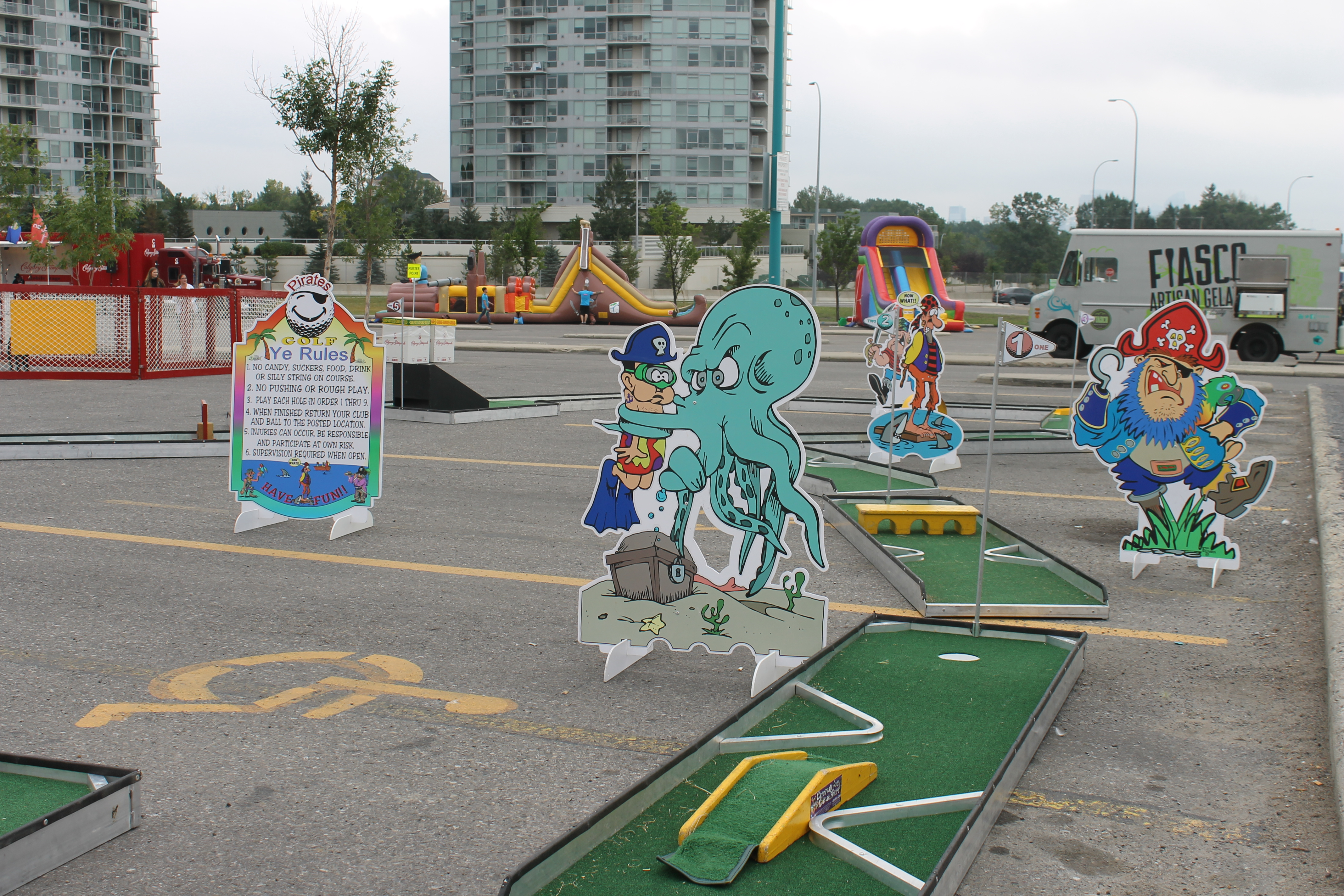 Aaa Mini Golf Course Theme Options Available Carnivals