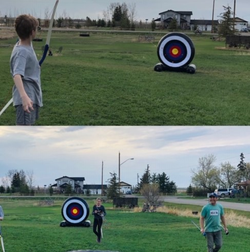Archery with inflatable target