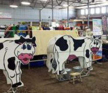 Moooo Cow  Makes Milk at Agg show